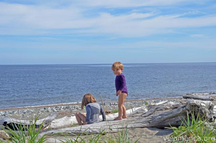 Marla und Mika in Tlell am Meer
